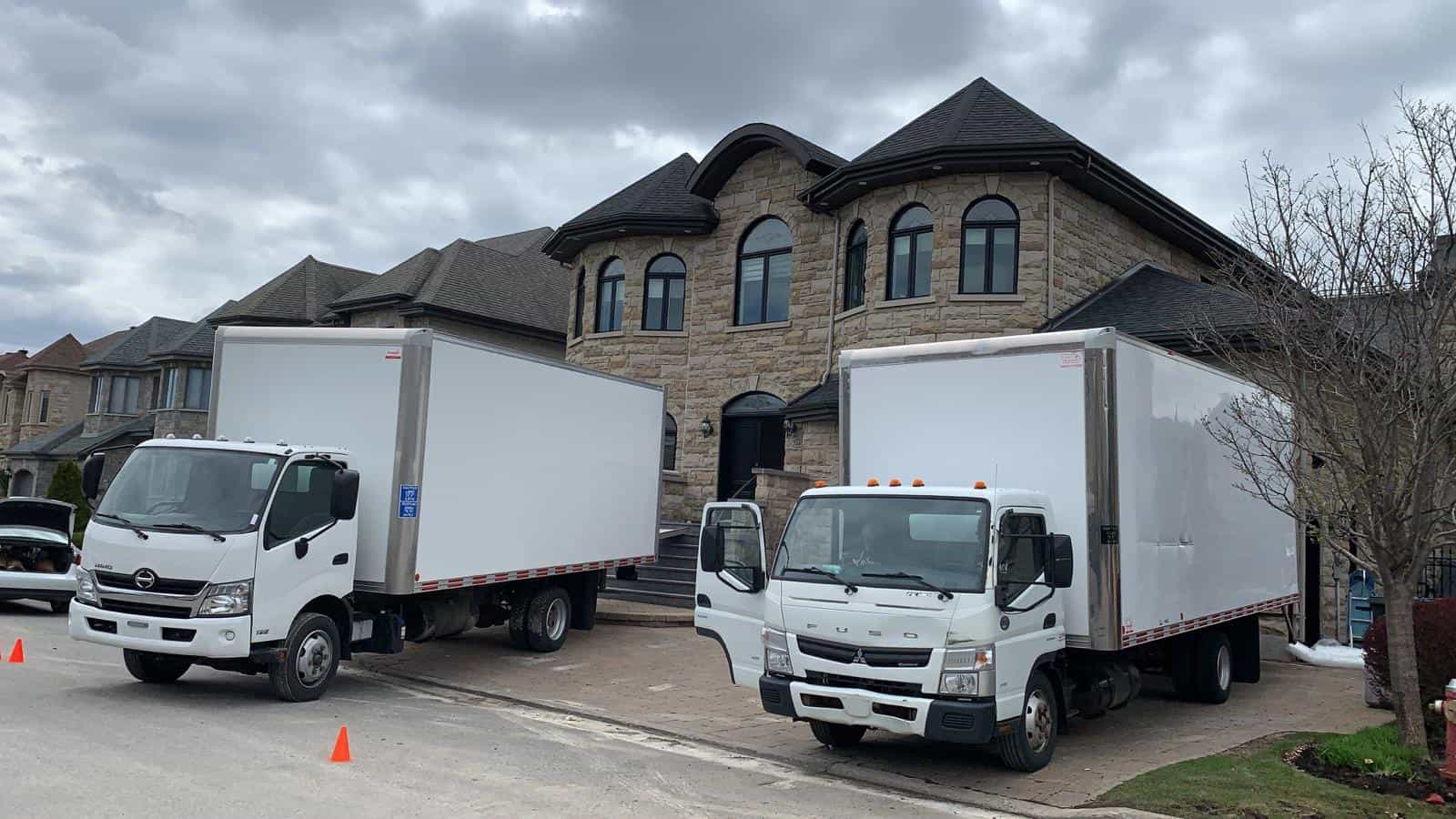 montreal movers with free moving insurance